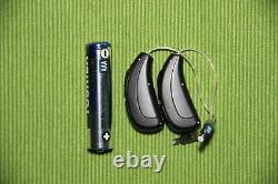 Hearing Aids Unitron Pair Moxi 2 Dura Mini RIC 16 Channels AND REMOTE CONTROL