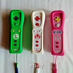 Nintendo Wii U Remote Control Motion Set 3 Luigi Toad Peach